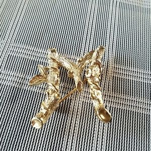 "Sarah Coventry Initial ""M"" Branch Brooch"